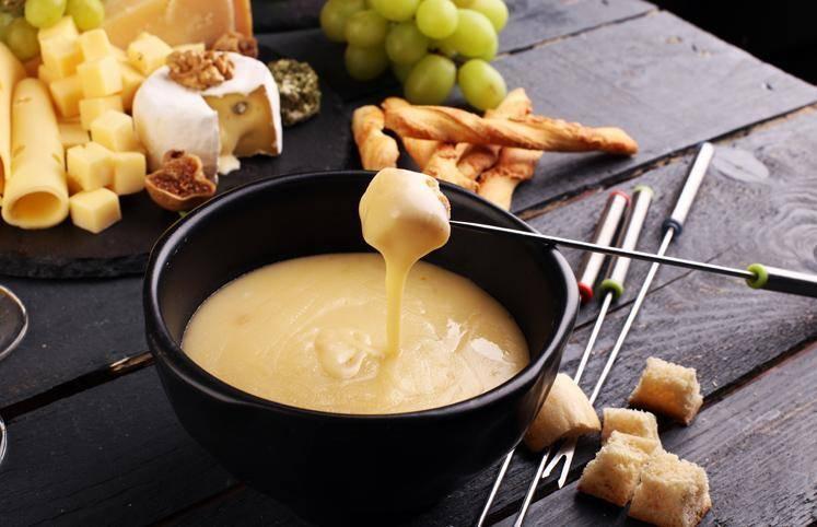 receitas-de-fondue-de-queijo-3-1 Você sente mais fome no inverno?